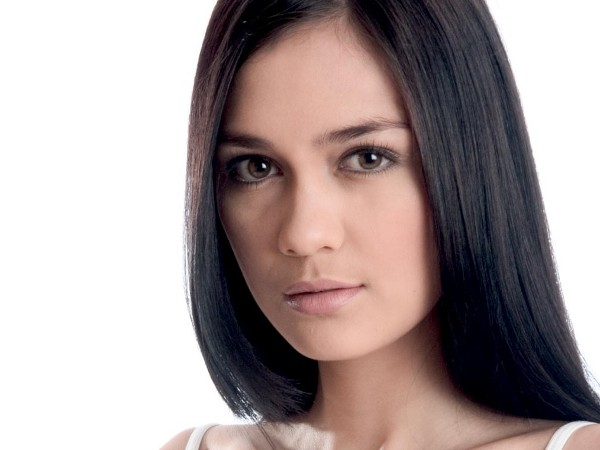 Indonesian soap opera actress Luna Maya will appear in