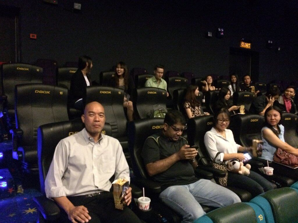 function of golden screen cinema Cj 4dplex, a cinema technology featuring moving seats and environmental effects, signed a binding memorandum of understanding for a partnership with golden screen.