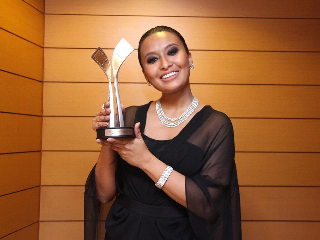 Nabila Huda dedicates her award win to her dad | News & Features | Cinema Online