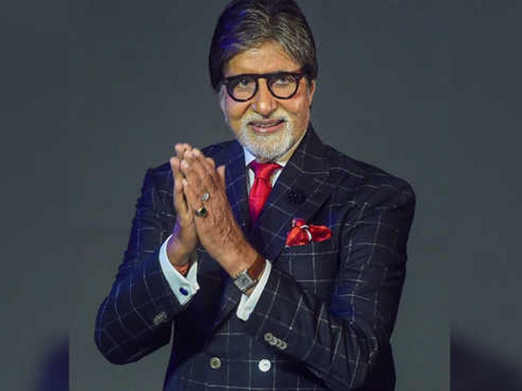 Amitabh Bachchan akui tubuhnya seperti memberi mesej untuknya berhenti dari berlakon apabila mengalami masalah kesihatan serius sejak kebelakangan ini.