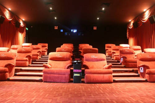 Platinum Movie Suites is one of the luxury halls available in Malaysian cinemas (Photo source: mmCineplexes).