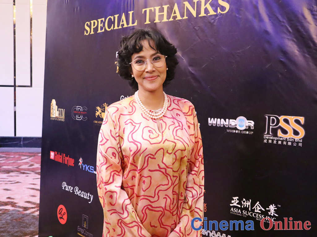 Fauziah Latiff ingin cabar diri bawa watak Tun Dr Siti Hasmah dalam filem pertamanya.