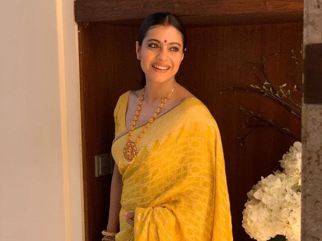"""Kajol will star in Netflix's Mumbai-set """"Tribhanga""""."""