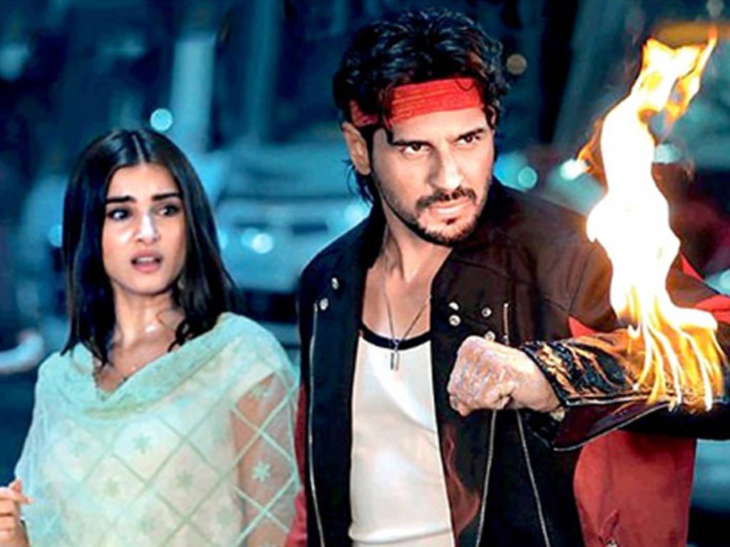 Isu cetak rompak di Bollywood semakin menjadi-jadi sejak kebelakangan ini.