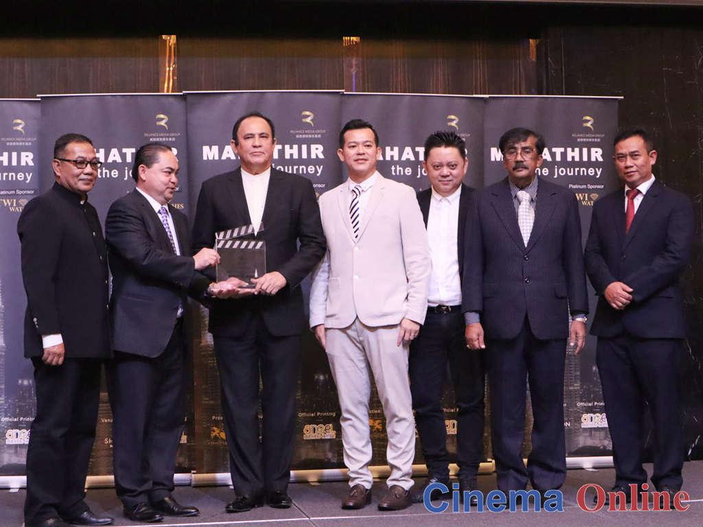 """Pengarah kreatif filem """"Mahathir: The Journey"""" Yusof Kelana hadir di majlis pelancaran filem tersebut di Hotel Sheraton, Petaling Jaya."""