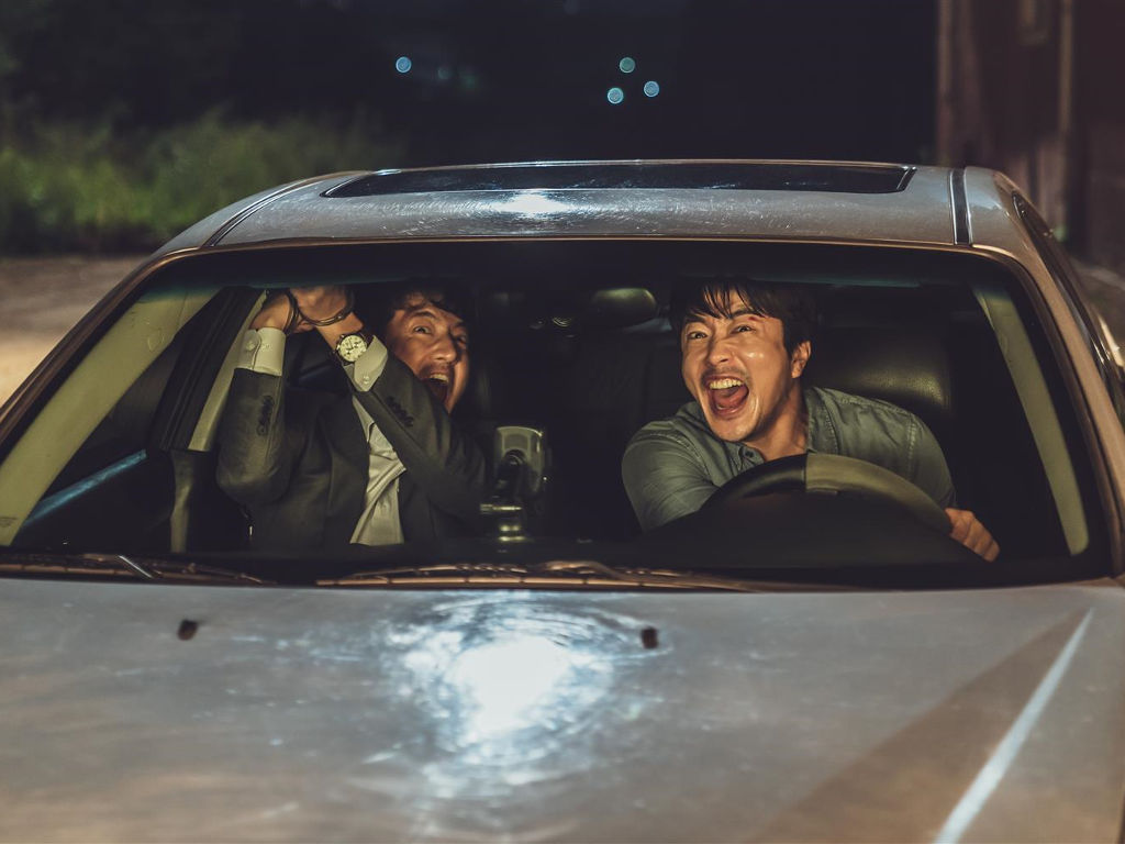 "Kwon Sang-Woo's hilarious side shines in ""Hitman: Agent Jun""."