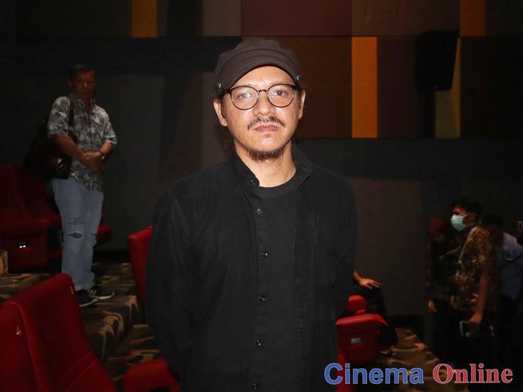 "Emir Ezwan hopes to screen ""Roh"" on a global platform."
