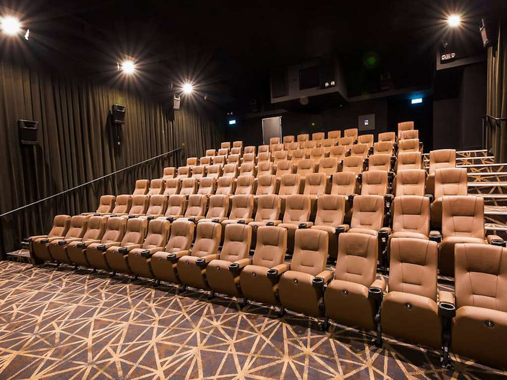 Cinemas in Singapore have been temporarily closed since the 27th of last month.