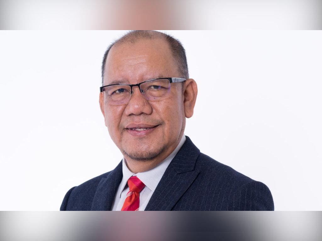 Pengerusi FINAS baharu, Zakaria Abdul Hamid mahu segera pulihkan ekonomi industri seni.