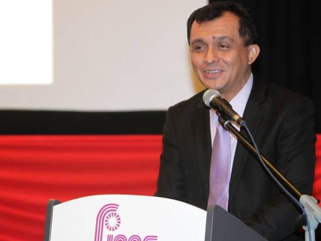 Ahmad Idham umum FINAS sedang berusaha memajukan industri kreatif.