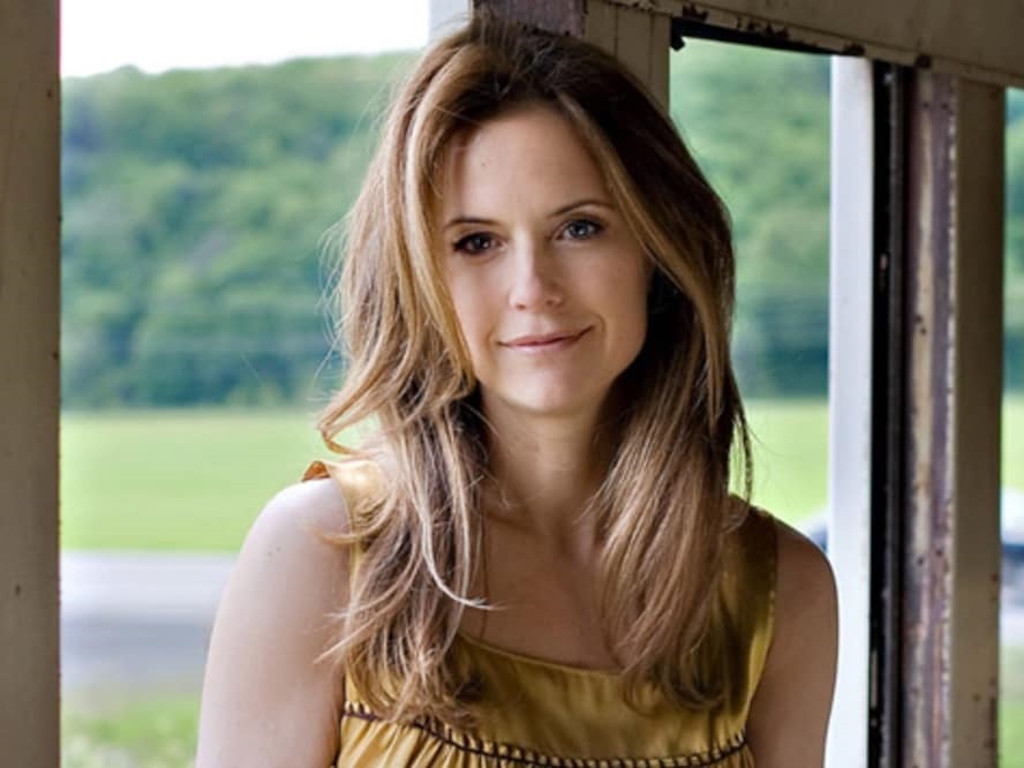 John Travolta posted this photo of Kelly Preston on his Facebook to announce the actress' recent passing.