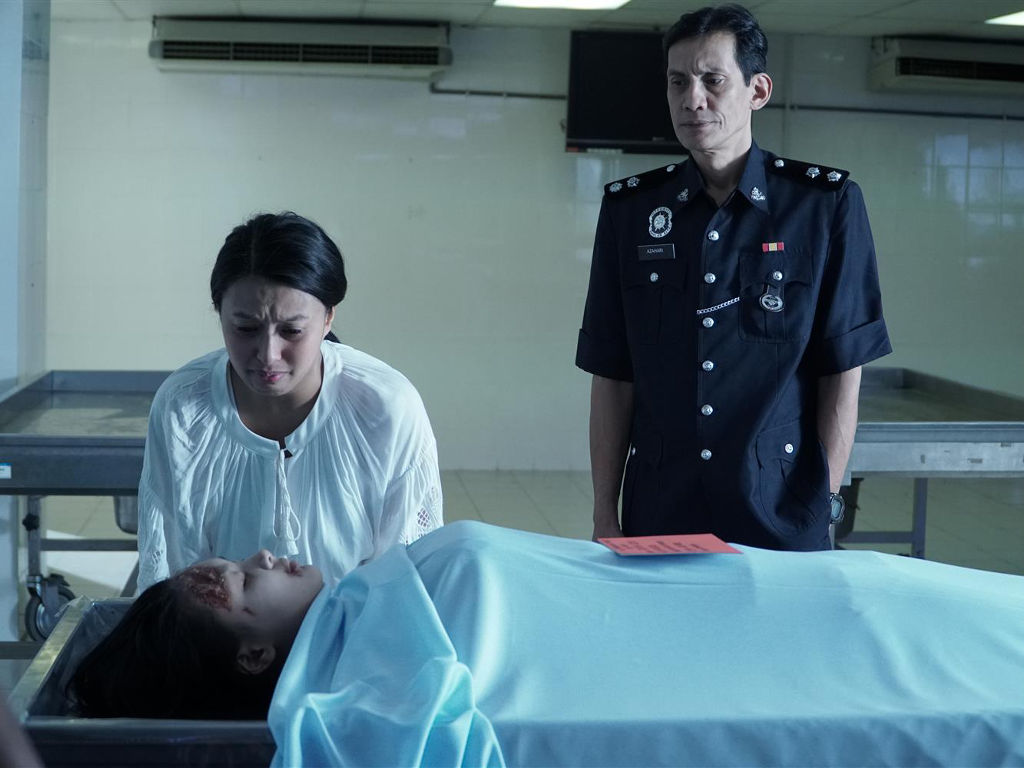 "One of the heartbreaking scenes in ""M4M4""."