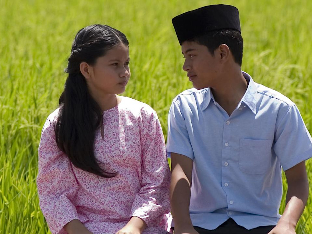 'Mukhsin' dibintangi Sharifah Aryana dan Syafie Naswip.