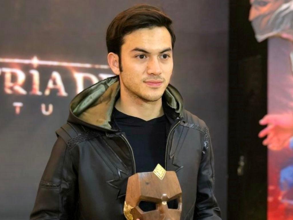 Watak adiwira Gatotkaca akan dijayakan oleh pelakon Rizky Nazar.