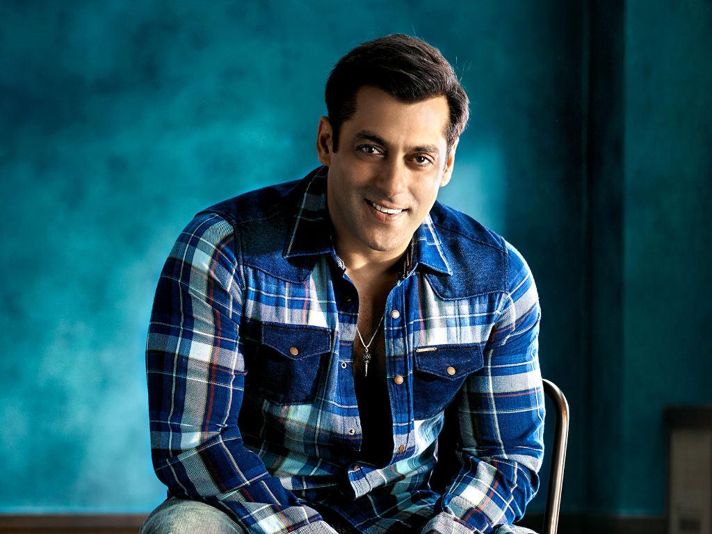 Salman Khan luangkan beberapa jam setiap hari untuk hasilkan draf pertama skrip.