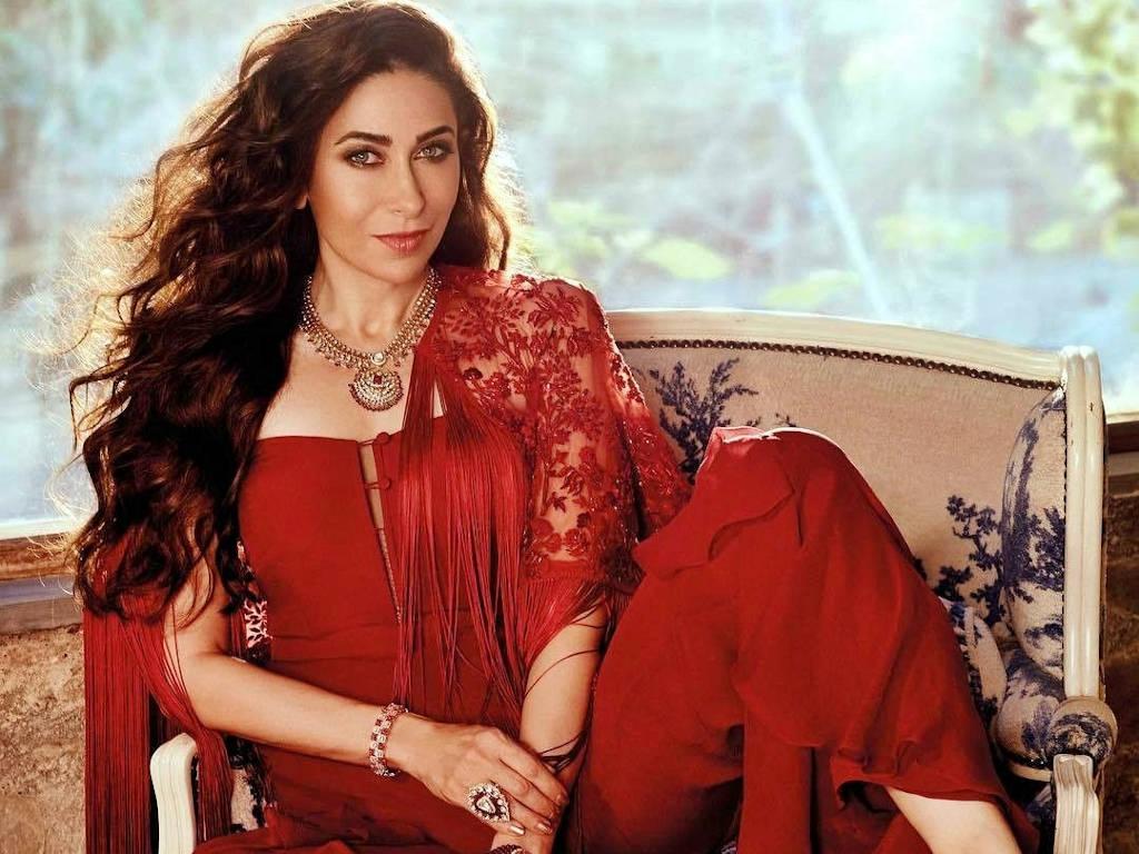 Selamat Hari Lahir Karisma Kapoor!
