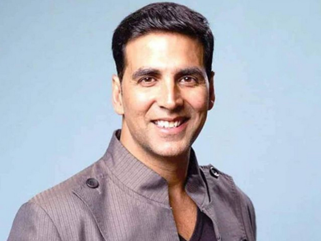 Akshay urges everyone who has been in contact with him to get themselves tested for the virus.