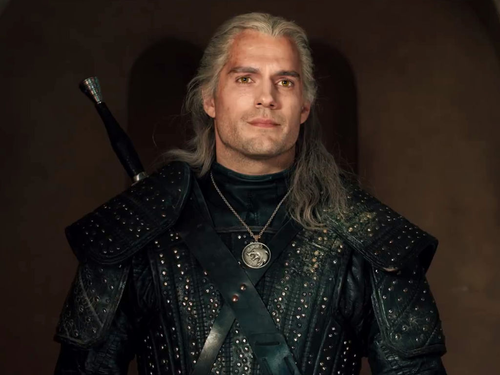 """Henry Cavill will be wielding a sword again but not as """"The Witcher"""""""