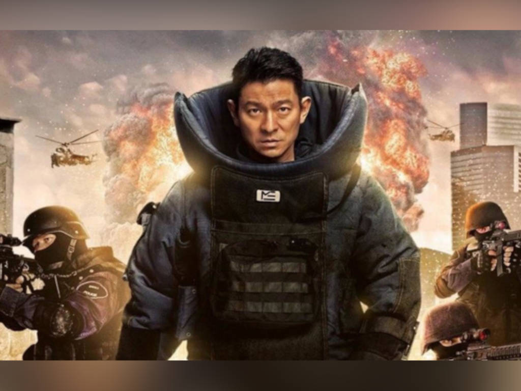 """Shock Wave 2"" blasts at China's box office"